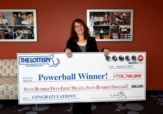 Premio récord del Powerball 758 millones
